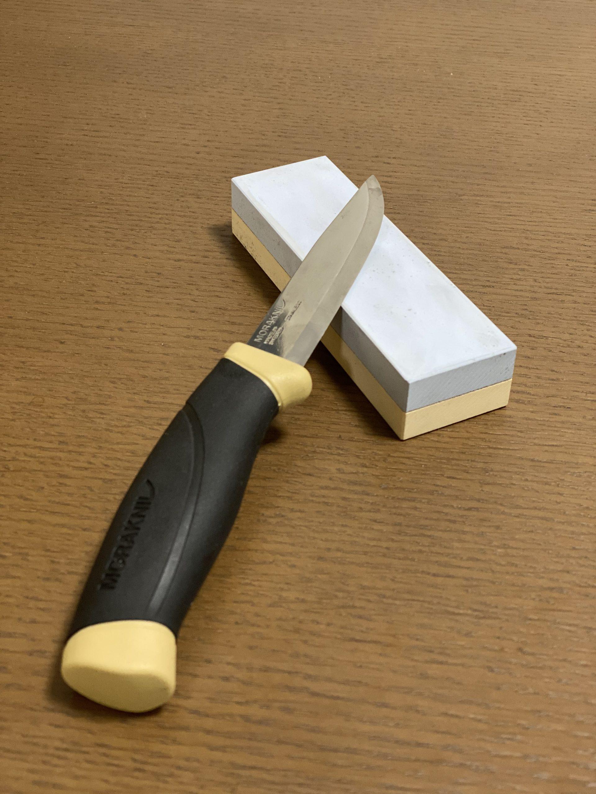 モーラナイフと砥石2